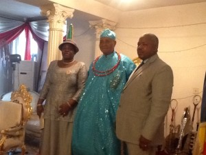 REV Dr. prophet S.V.O Okpere (JP) in company of his beautiful wife REV mother EBUWA Okpere during a visit to the ESAMA of benin chief Dr,. Osawaru Igbinedion